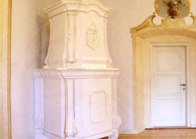 Zlacená barokní kamna
