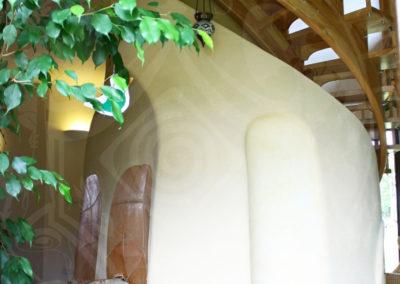 kachlova-kamna-pod-schody-8