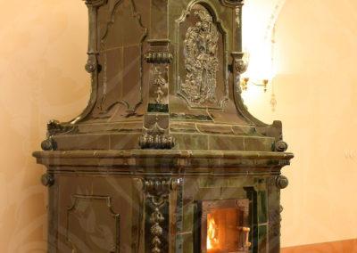 replika-baroknich-kachlovych-kamen-1